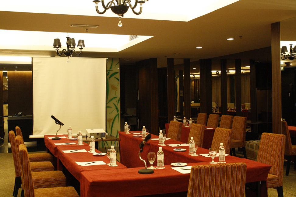 grand_borneo_hotel_kota_kinabalu_borneo_privilege_meeting_room