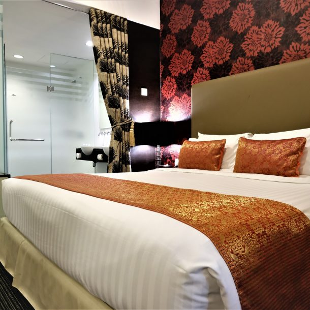grand_borneo_hotel_kota_kinabalu_executive_suite_room_picture_6