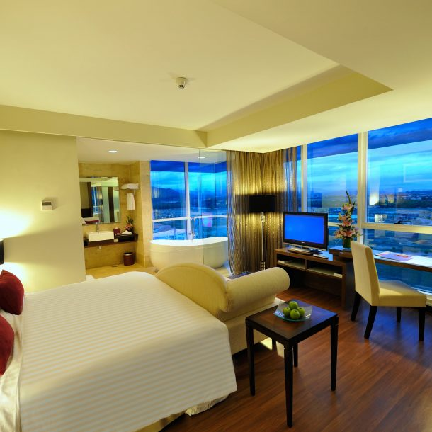 grand_borneo_hotel_kota_kinabalu_grand_deluxe_room