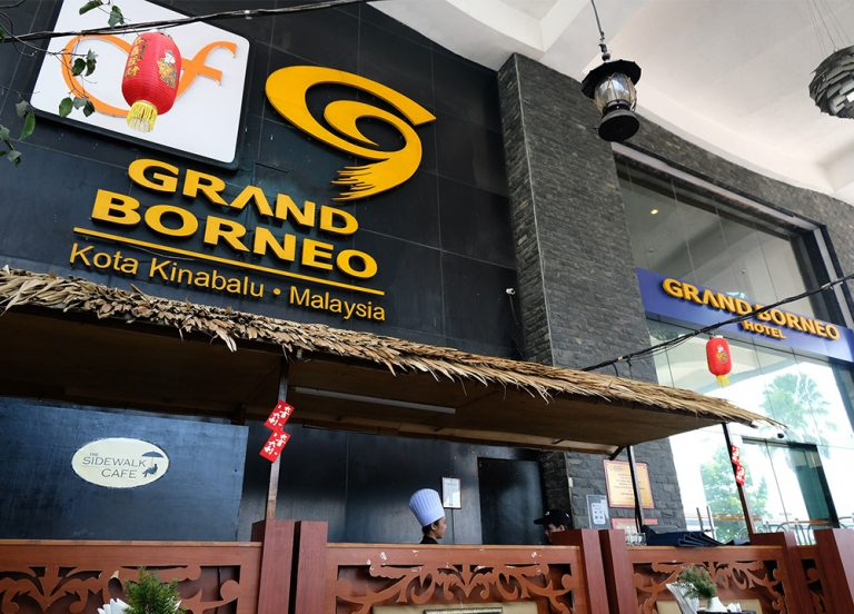 grand_borneo_hotel_kota_kinabalu_the_sidewalk_restaurant